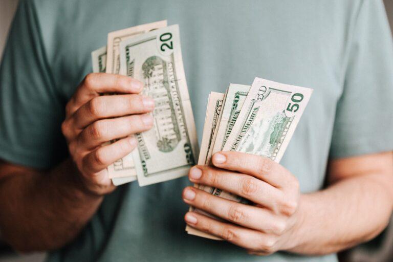 generar dinero invirtiendo en bienes raíces